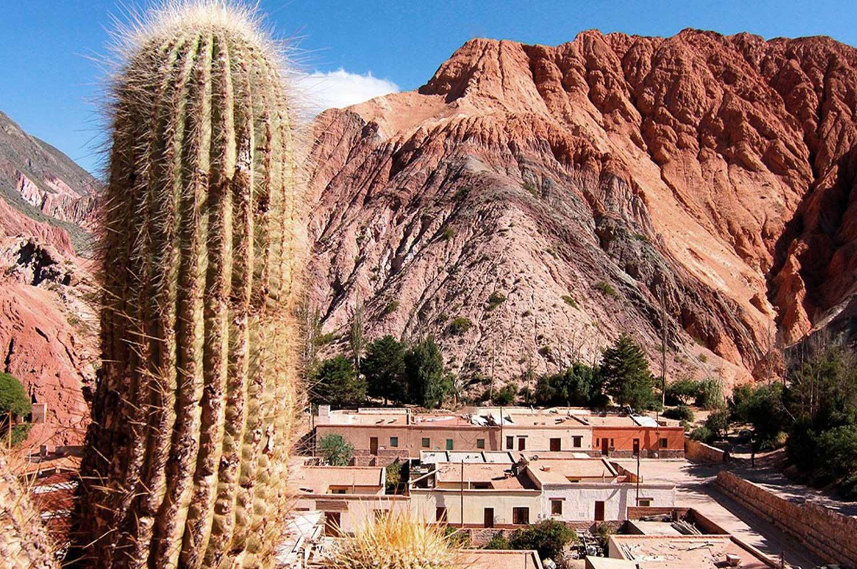 Purmamarca y el Cerro de Siete Colores | Ampascachi